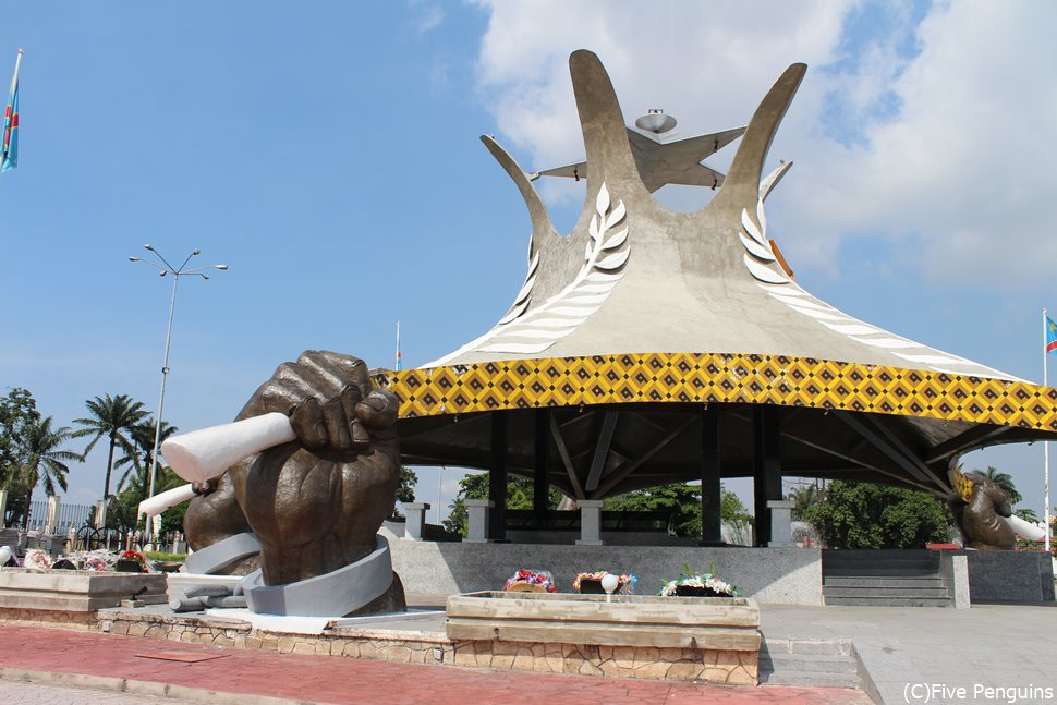 ローランカビラ廟