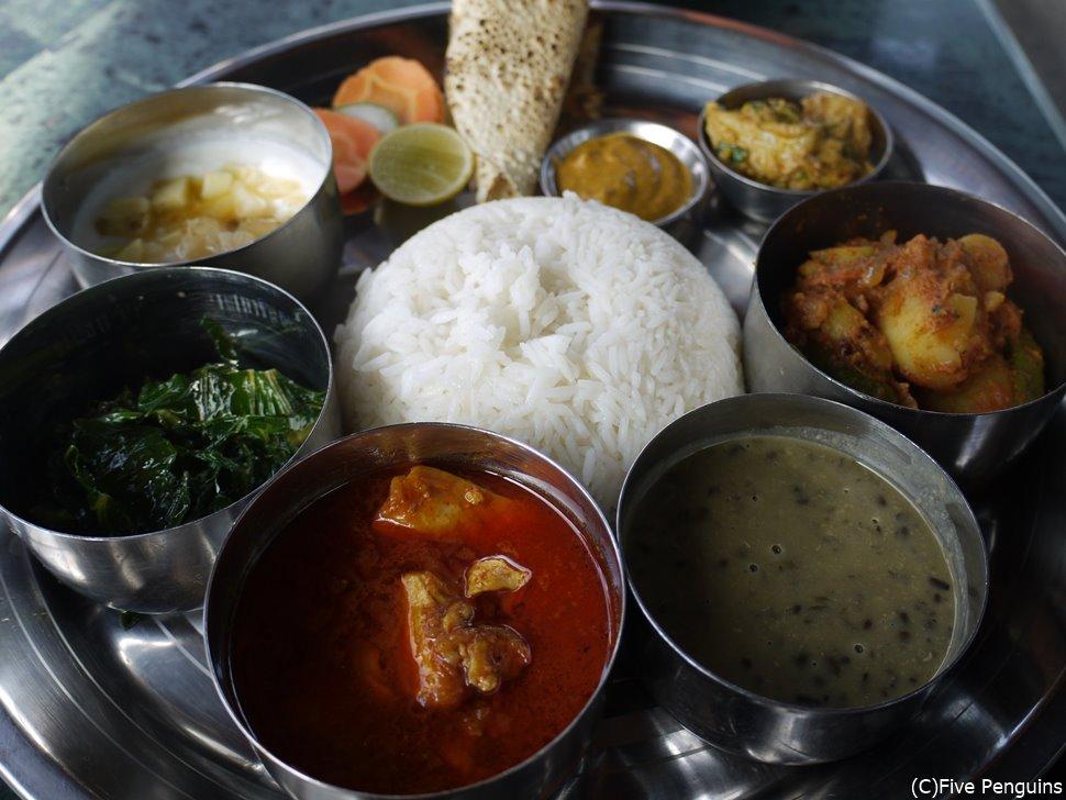 ダルバート・タルカリ(ポカラ/ネパール)