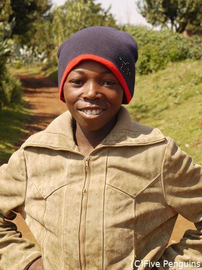 田舎のマレマレア村を案内してくれた少年