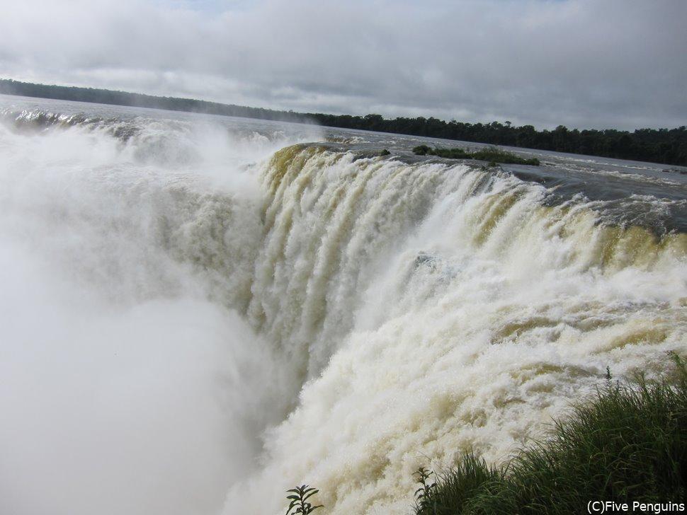 悪魔の喉笛<イグアス滝/アルゼンチン側>
