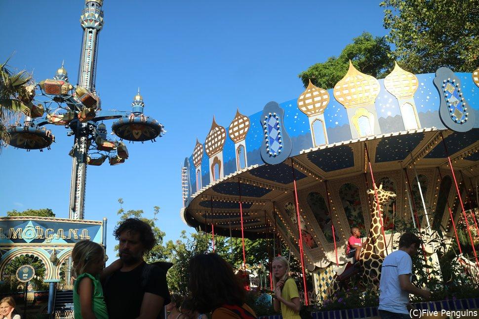 ノスタルジックな雰囲気。世界最古の遊園地、チボリ公園
