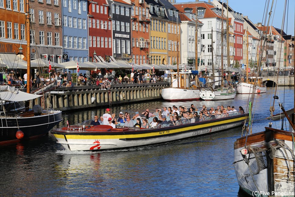 1時間の遊覧ツアーでコペンハーゲンをサクッと周遊♪