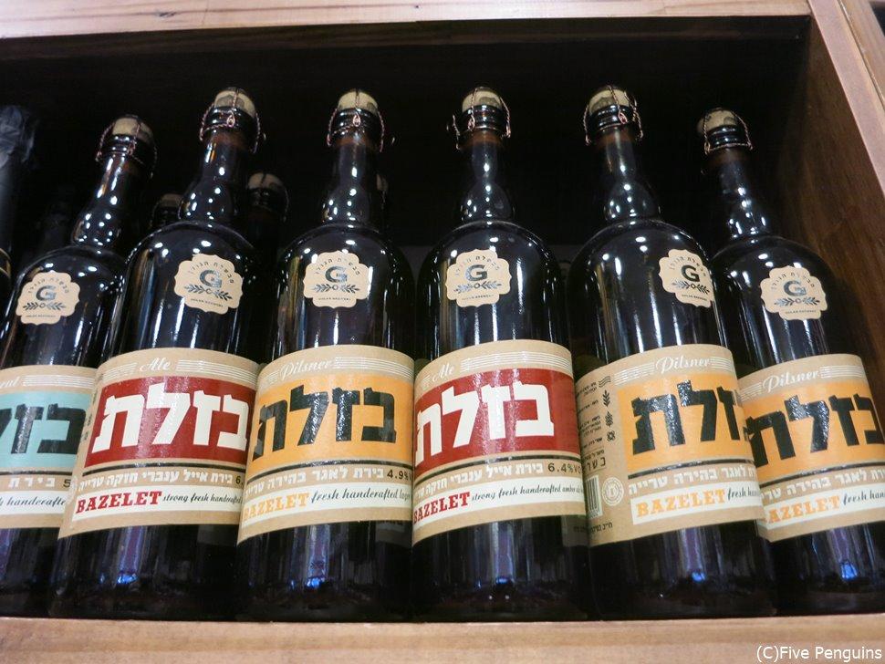 ヘブライ語で書かれたビール。カタカナみたい。