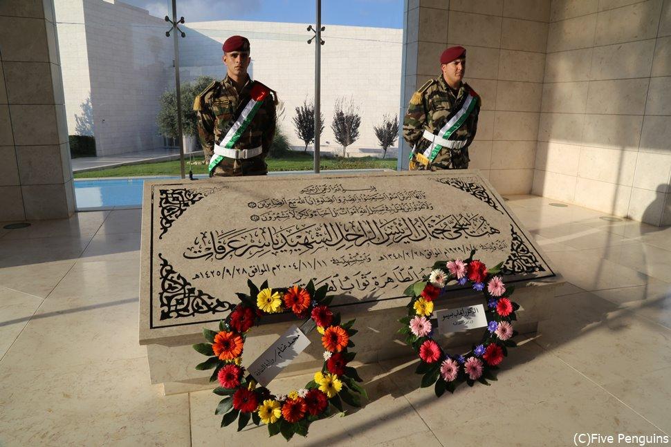 アラファト議長のお墓