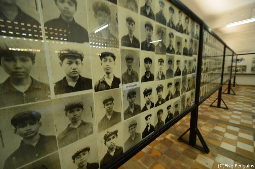 トゥールスレン博物館 犠牲者の写真