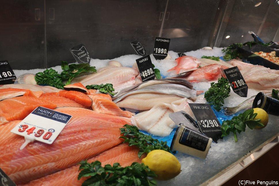 新鮮な魚介類が食べられるレストラン「Mures」