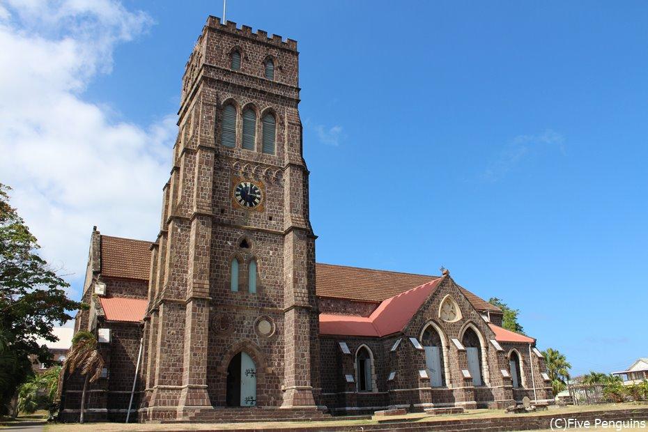 バセテールの街並み セントジョージイギリス教会