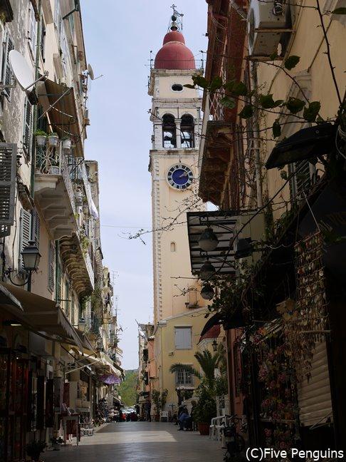 旧市街の美しい町並み