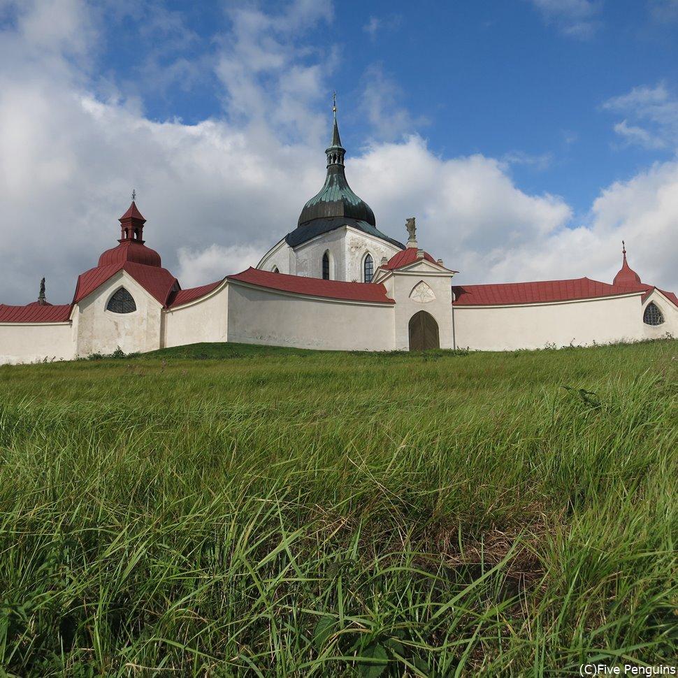さわやかな風が吹き抜ける、聖ネポムツキー巡礼聖堂