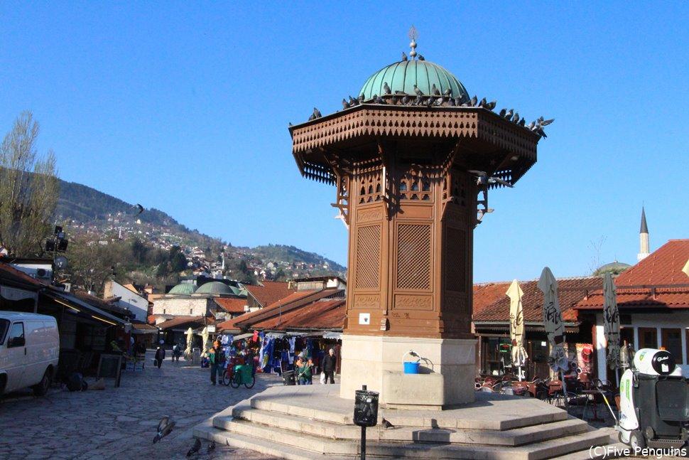 サラエボ旧市街バシチャルシアの観光の中心地