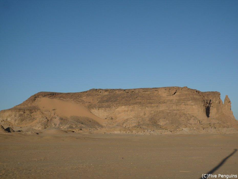 聖なる山ジュベル・バルカル<スーダン>