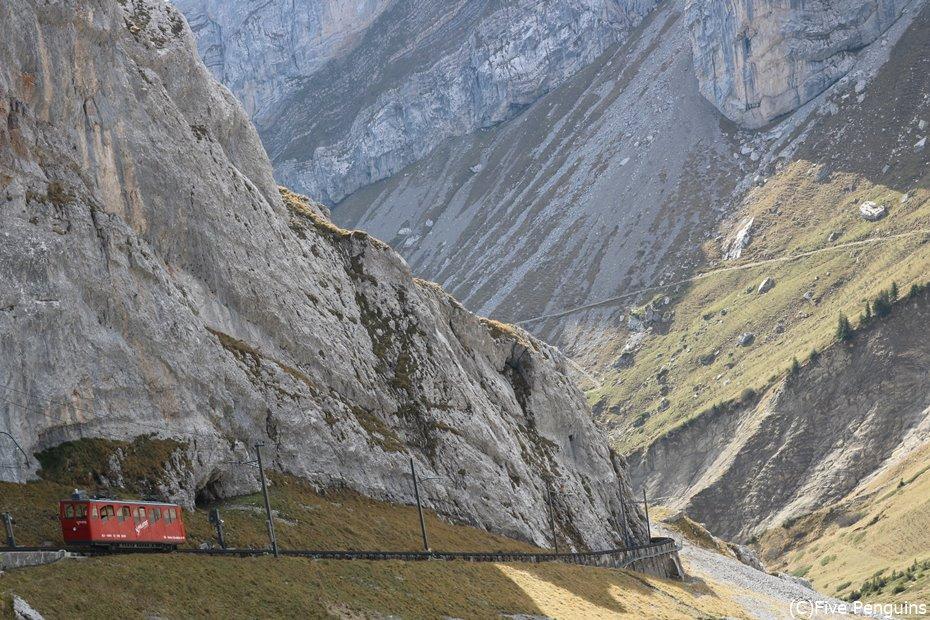 ピラトゥス山を走る鉄道