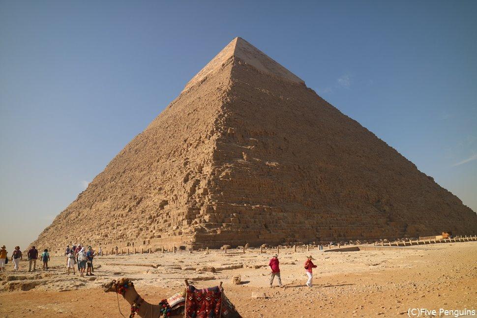 ギザに建てられたピラミッド
