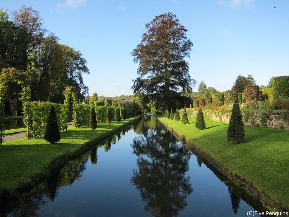 アンヌヴォア城のすばらしい庭