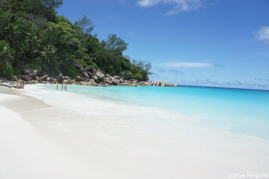 プララン島のビーチ