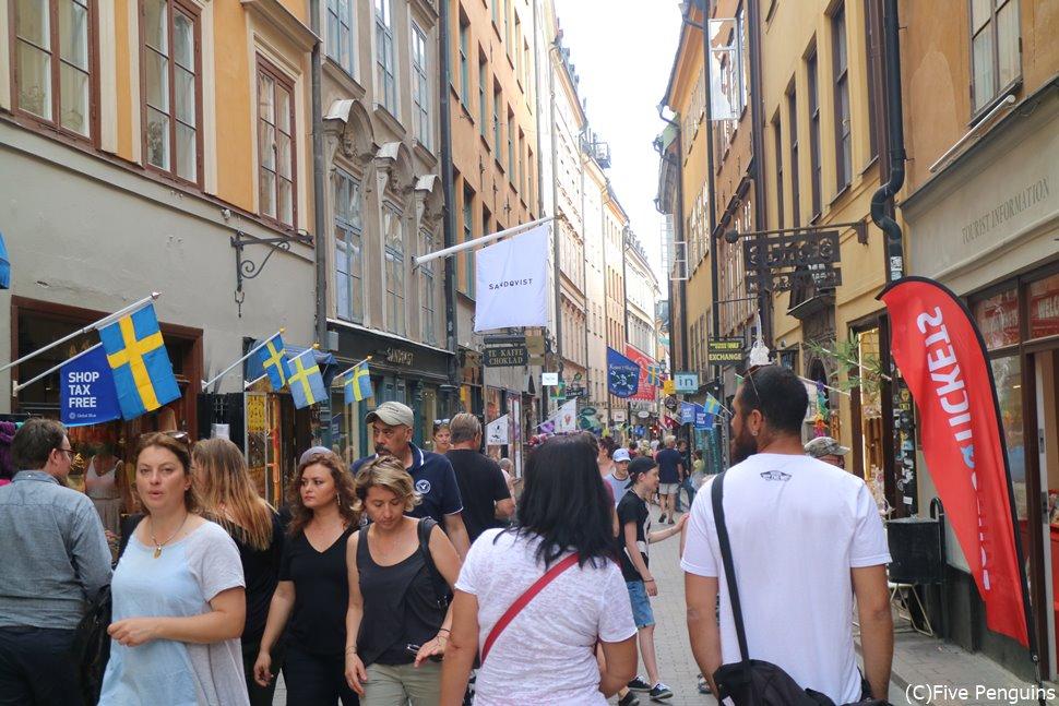 スウェーデン語が飛び交うガムラ・スタンの街並み