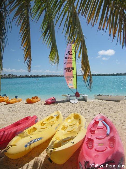 ボラボラ島 ホテル セントレジスのビーチ
