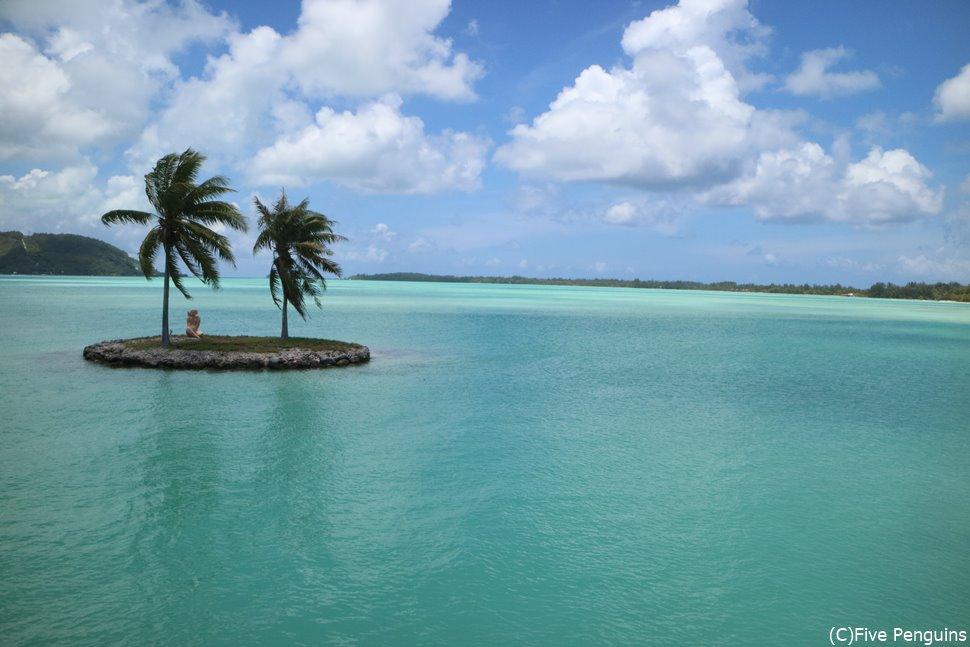 ボラボラ島のフェリーからの眺め