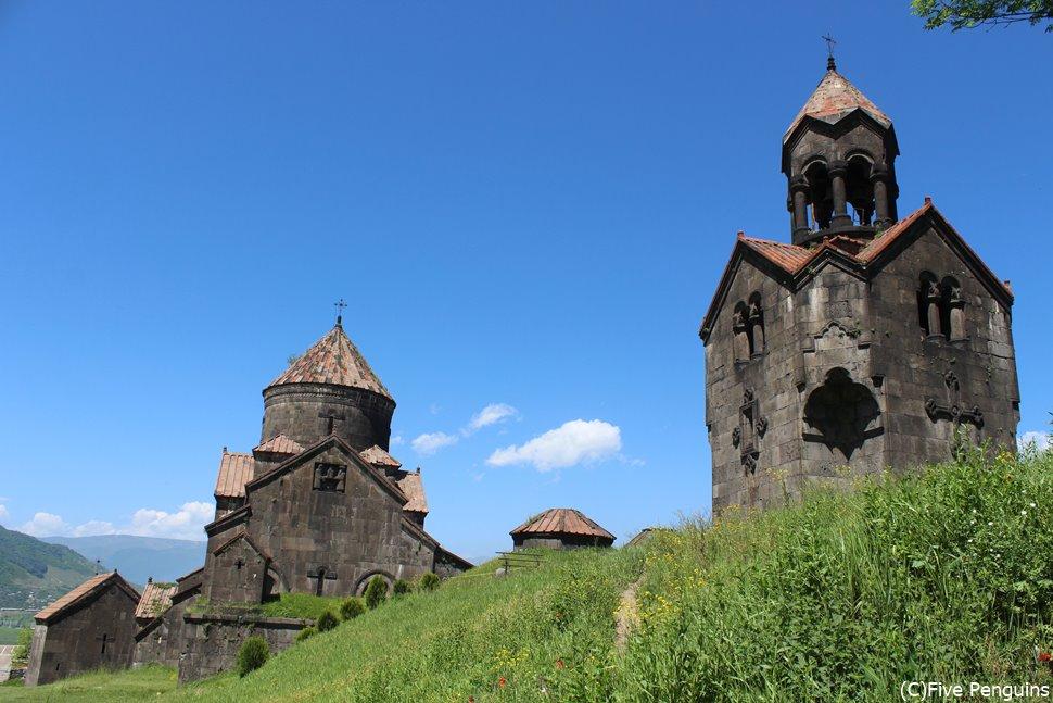 「ガヴィット」と呼ばれる伝統的な建築様式で建てられたハフパト修道院