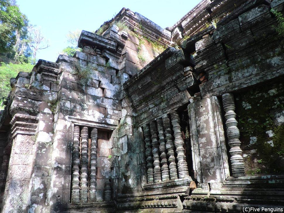 急にカンボジアに来たかのように錯覚してしまいそう。立派な遺跡です!