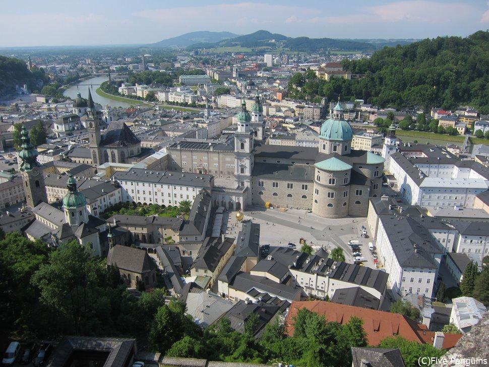 ホーエンザルツブルク城塞からのザルツブルクの眺望