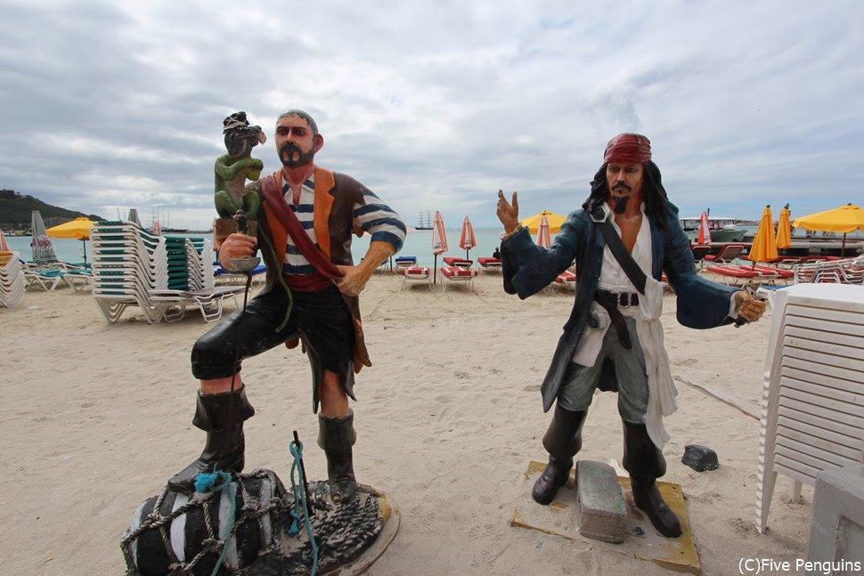セントマーチンは「カリブの海賊」の舞台でもあります。