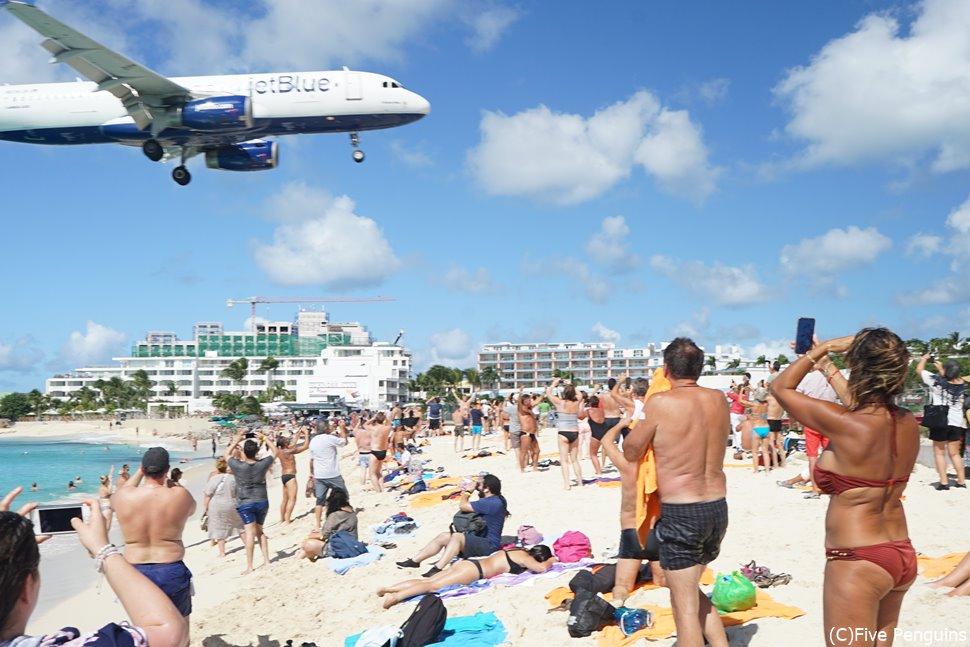 マホビーチはセントマーチンで最も人気のあるスポット