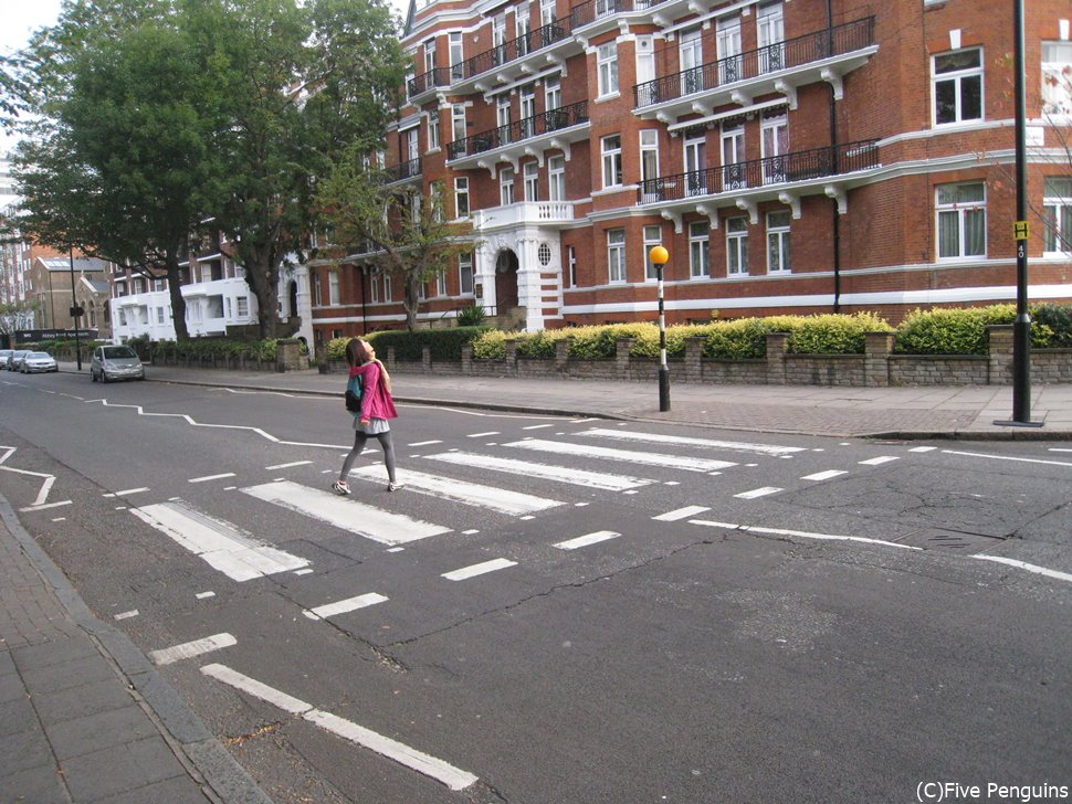 『Abbey Road』で有名なあの横断歩道
