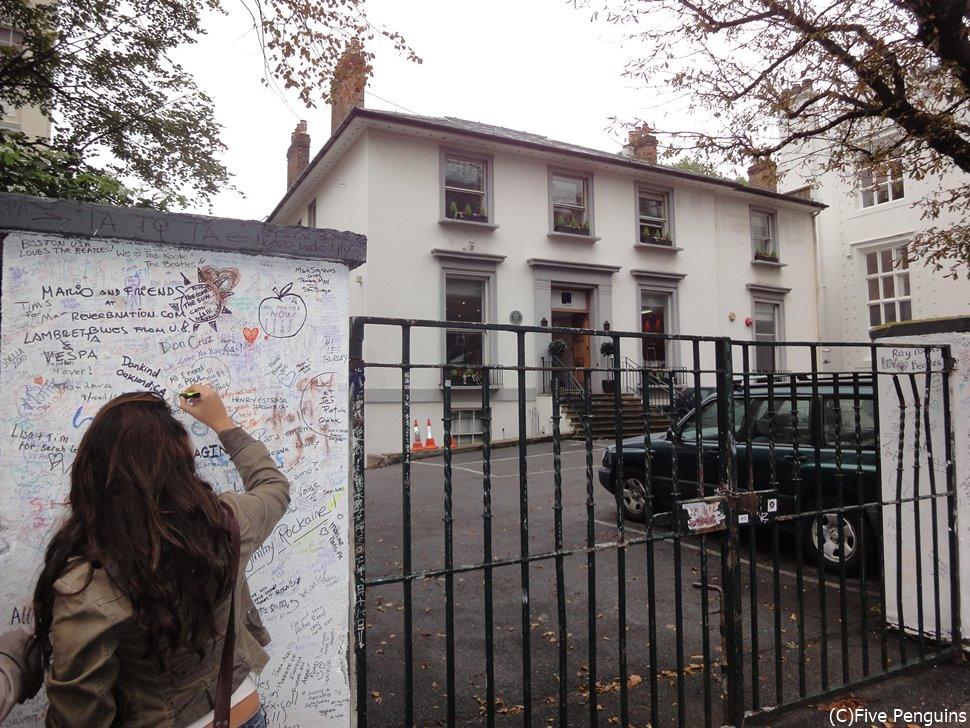 ビートルズの作品の数々がレコーディングされた「アビーロードスタジオ」