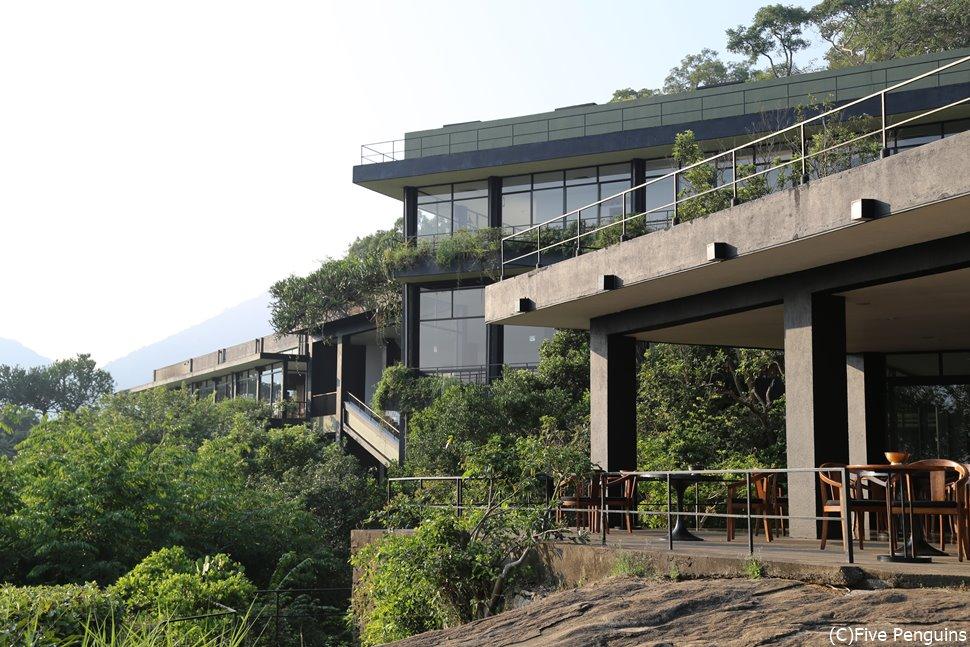見渡す限りの緑!!ヘリタンス・カンダラマはまさに自然の中のホテル。