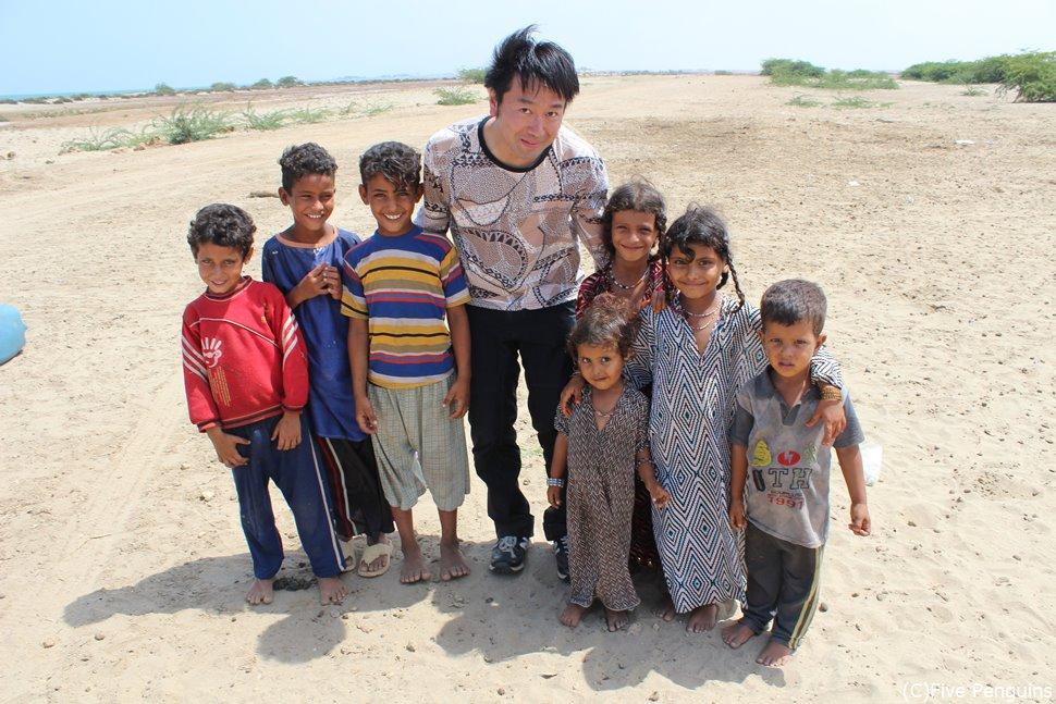 難民キャンプの子供たちと(エリトリア/マッサワ)