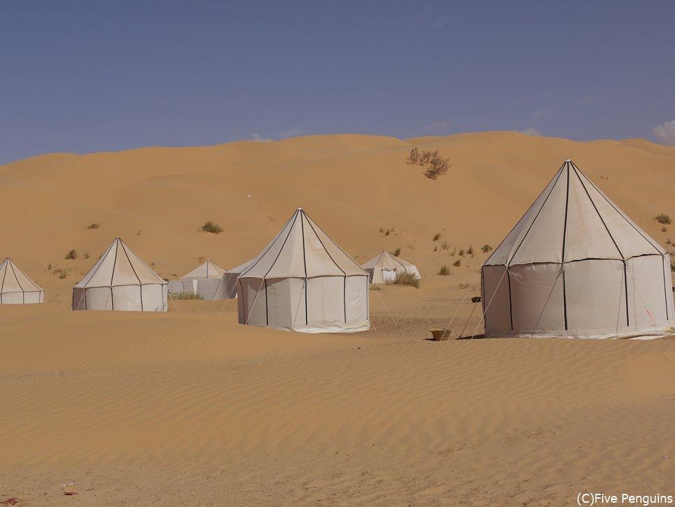 砂漠の奥地キャンプ・マルス(チュニジア)
