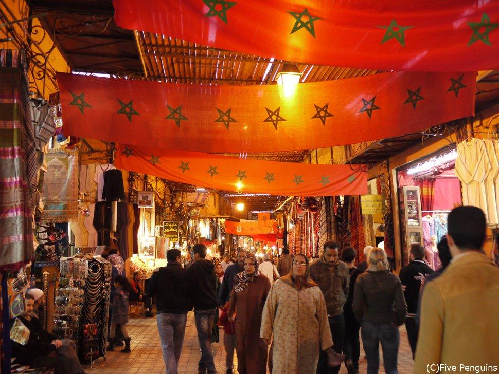 マラケシュのスーク(モロッコ)