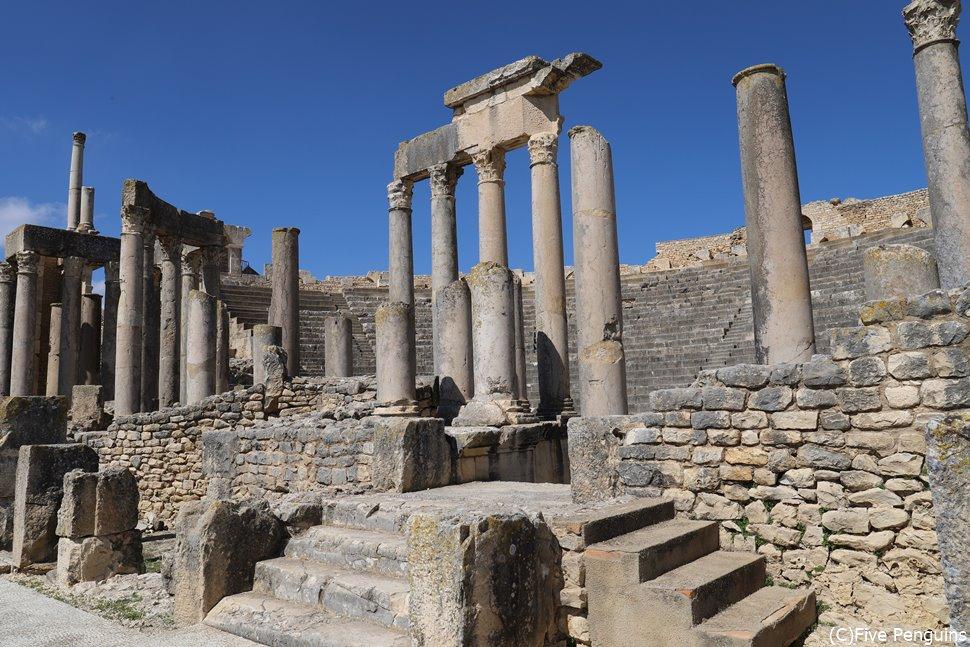 ドゥッガ遺跡はチュニジアのベスト遺跡(チュニジア)