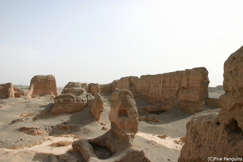 亀茲国の面影残る スバシ故城