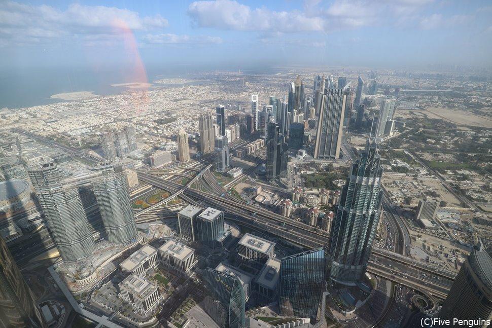 ブルジュ・ハリファ展望台「アット・ザ・トップ」からの眺め