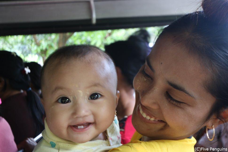 トラックで出会ったミャンマー人親子