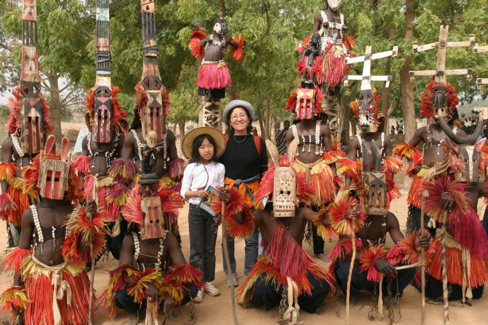 ドゴン族の仮面の踊り
